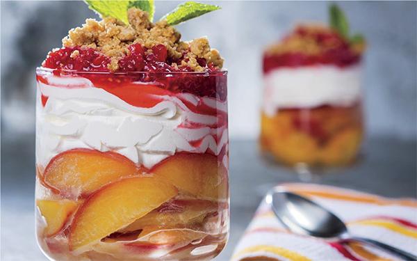 Fresh Peach Parfait with Smashed Raspberries & Graham Cracker Crumb Topping