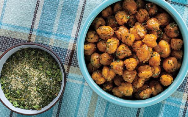 Ranch-Spiced Crispy Garbanzo Beans