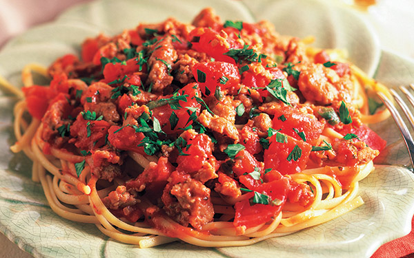 Spaghetti with Hearty Turkey Sauce